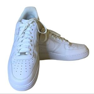 Nike Men's All White Air Force 1 Size 12